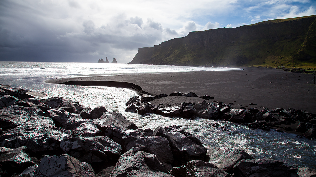 Black-sand-beach-iceland web